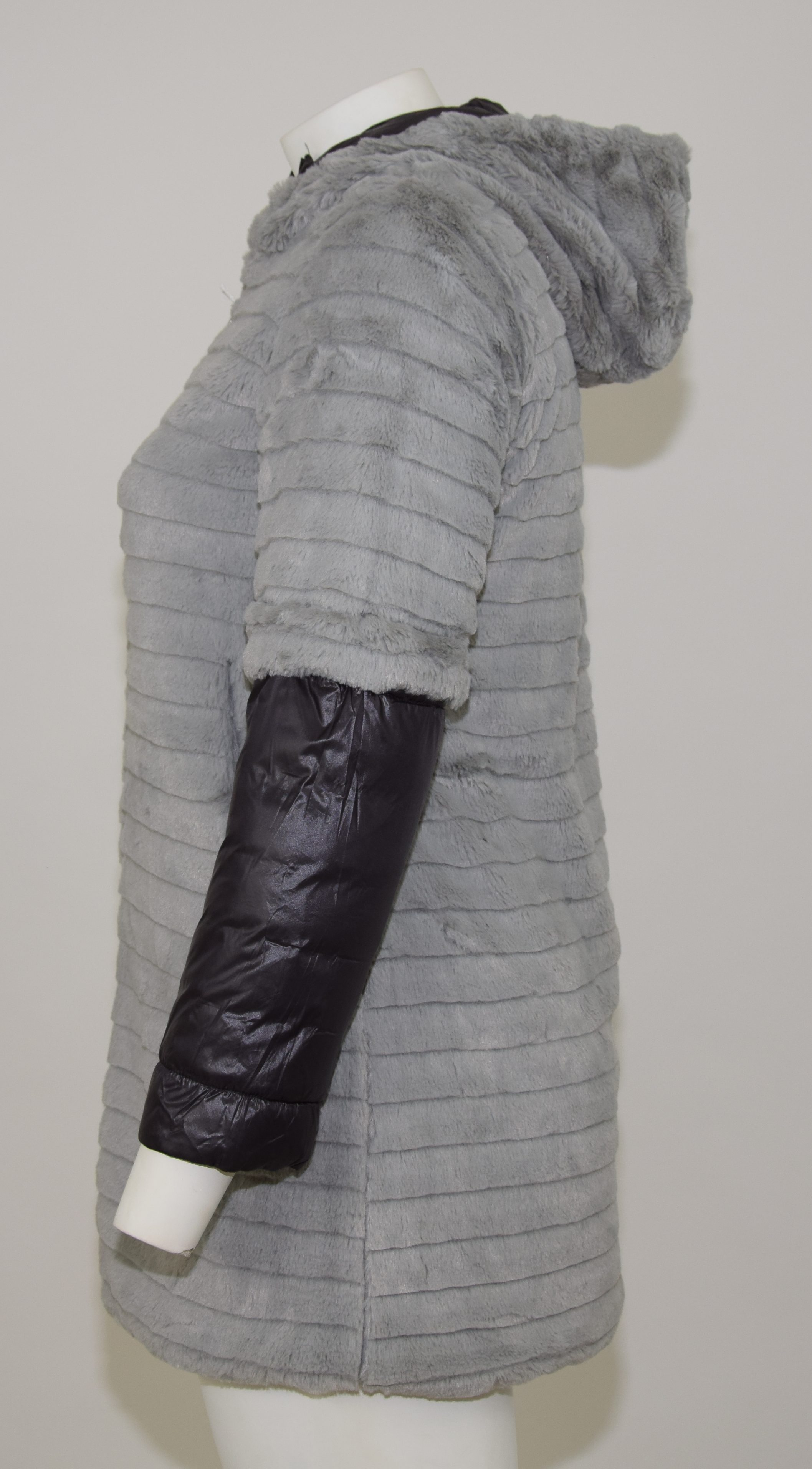 size 40 90791 d2498 Pelliccia grigia reversibile con cappuccio - Bristil ...
