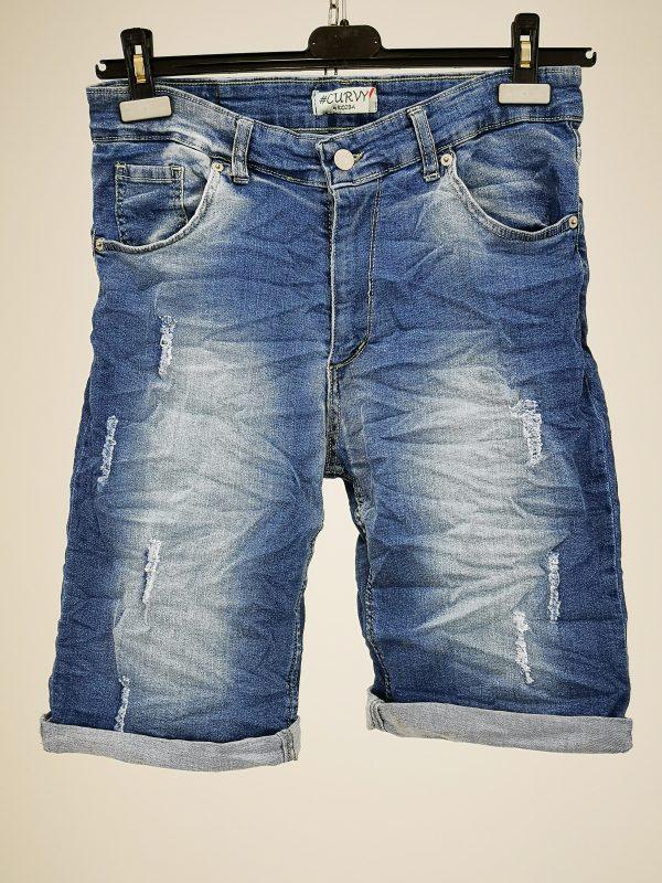 Jeans corto con 5 tasche effetto slavato